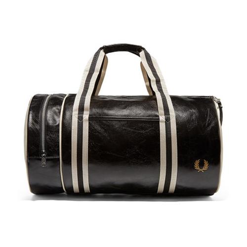Snygg weekendbag herr Fred Perry Classic Barrel Bag