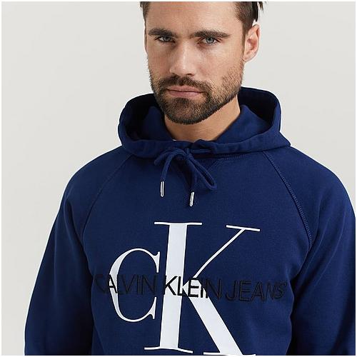 snygga hoodies calvin klein