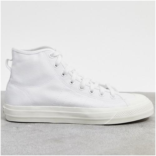 vita höga sneakers herr